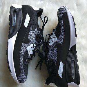 Nike Air Max Flyknit Oreo Borse Di Replica D6WtnZEw